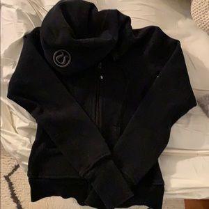 Lululemon black zip up hoodie